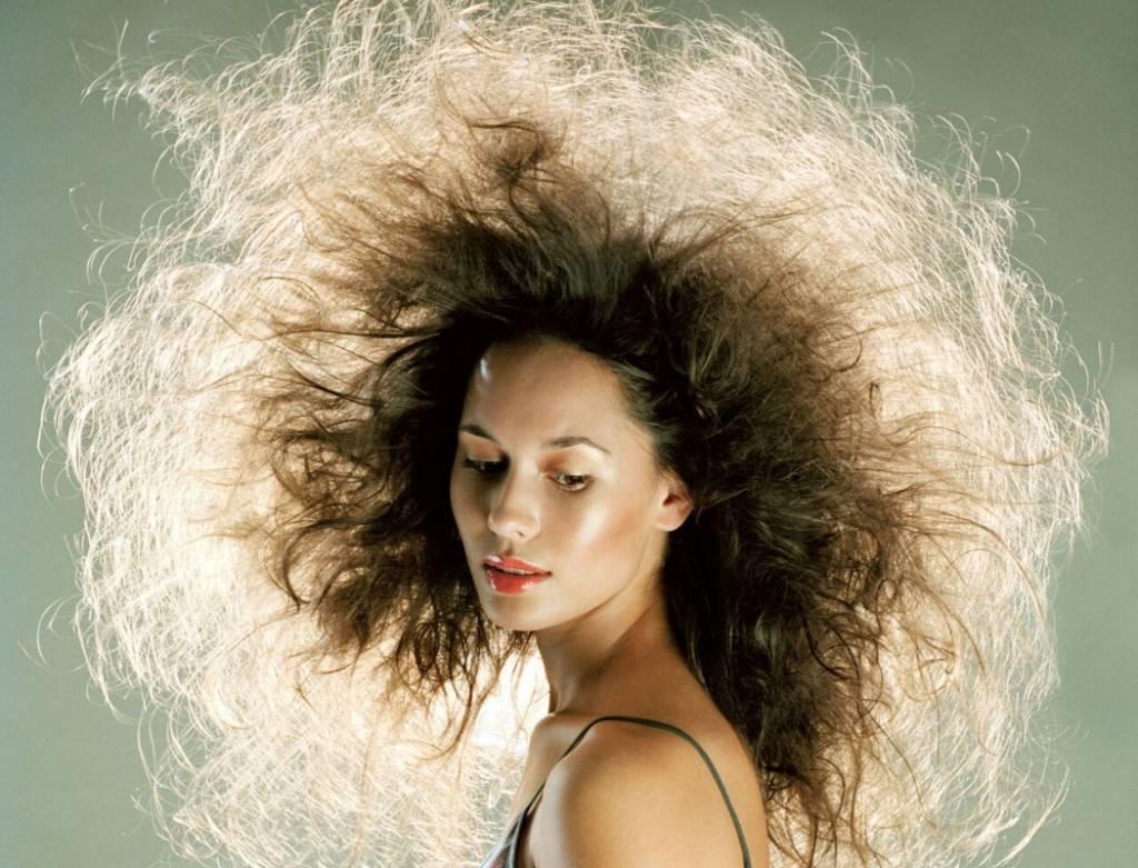 Как сделать чтобы зимой волосы не электризовались