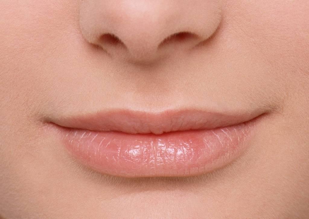 Если большие губы не прикрывают малые